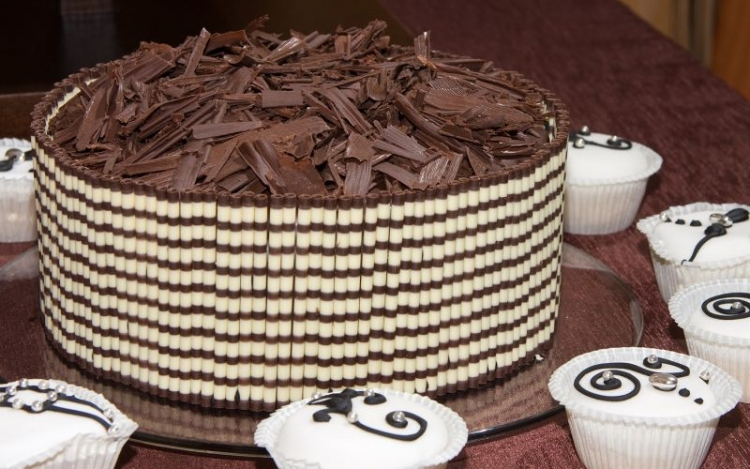 különleges születésnapi torta A születésnapi torták eredete | Hírek | infoGyőr különleges születésnapi torta